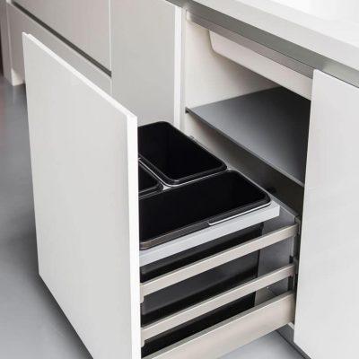 cubos basura interiores cocina