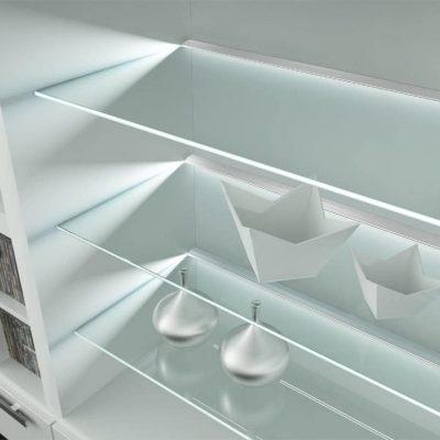 estantes cristal iluminados